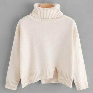 Sweaters - White Snow Turtleneck Sweater
